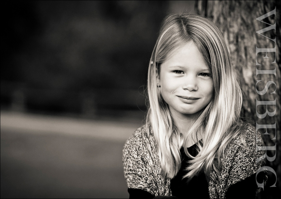 b&w black and white children and family photographs pictures
