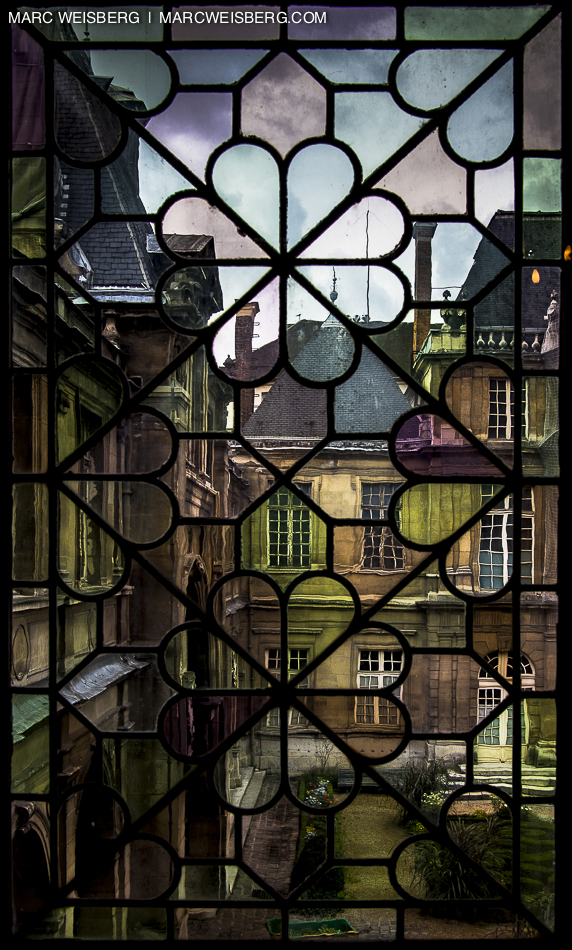 paris stained glass window musee carnavalet