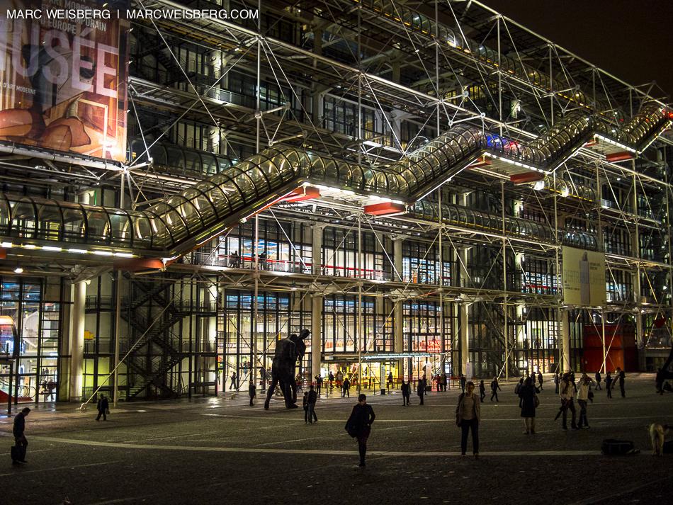 centre pompidou night paris travel photographer